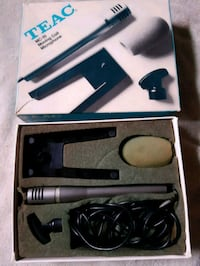 Teac MC-10 moving coil Microphone in box