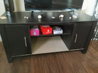 black wooden TV stand ( tv not included) Orlando, 32825