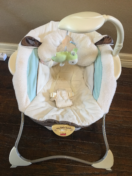 Fisher-Price My Little Lamb Infant / baby seat / bouncer