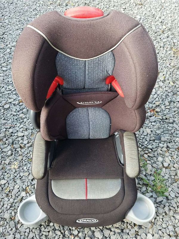 7bd73fac3dbb Used Graco car seat an booster seat for sale in Calhoun - letgo