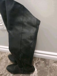Knee high Boot size 6