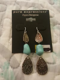 pair of pure expressions hypo-allergenic dangling earrings Anaheim, 92801