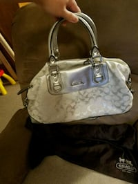 Coach handbag New Castle, 16101