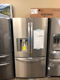 NEW LG FRENCH DOOR REFRIGERATOR IN STAINLESS STEEL  Grand Prairie, 75051