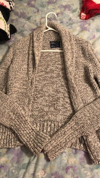 American eagle sweater/ cardigan Winnipeg, R2J 3R2