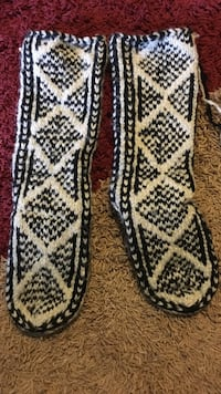 Hand made wool booties  Towson, 21286