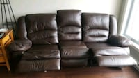black leather 3-seat sofa Brossard, J4Z 0A3