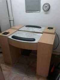 Manicure table Queens, 11358
