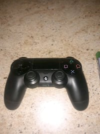 PS4 Game console controller