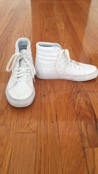 White high top vans- size 6, lightly used Clayton, 63105