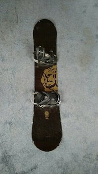 Morrow Snowboard with Soloman Snowboard boots Davidsonville, 21035