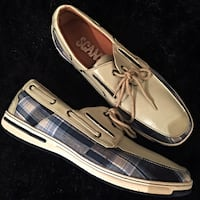 SCANS High end Brand Grey Leather Plaid Sneaker Loafers Charles Town, 25414