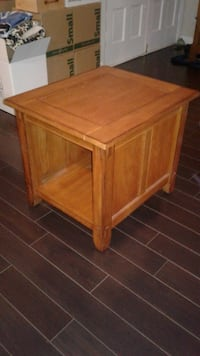 2 real wood end tables (each) 525 mi