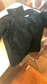 The North Face zip up jacket  Monroe, 48162