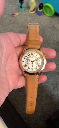 Michael kors watch with genuine leather strap