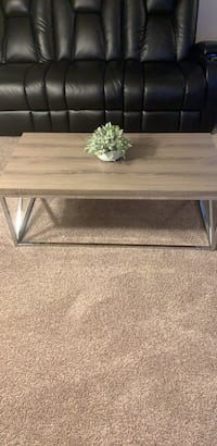 Coffee Table 150 dollars on Amazon only 100 Fort Worth, 76040