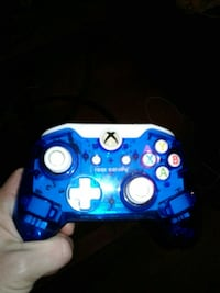 blue and white Xbox One controller