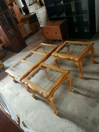 solid oak glass top coffee table set  Brampton, L6X