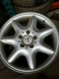 """16"""" mercedes rims have all 4  Mississauga"""