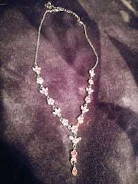 $5$ Pink Sterling Silver Necklace*Smoke free/Anima Ajax, L1S 1T7