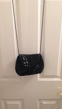 black leather crossbody bag with silver chain link bracelet North Las Vegas, 89081