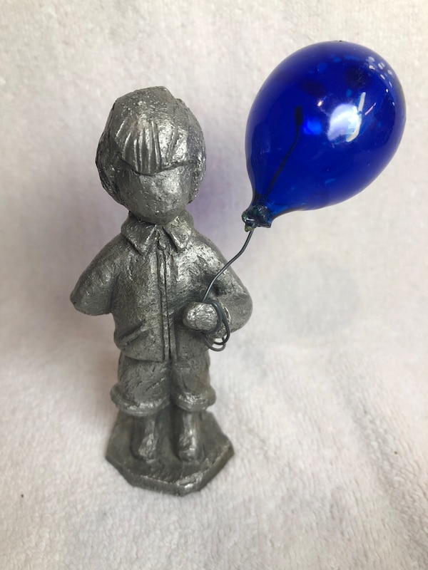 Hudson Pewter flying high boy with balloon
