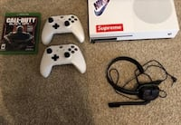 White xbox one console with controller and call of duty black ops 3 Atlanta, 30331