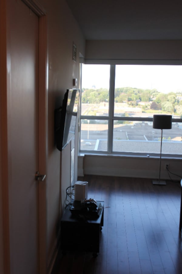 condo for rent 1 bedroom 1 bath close to 401 and kenndy road new unit  kitcen washroom  laundry on suite parking and locker included  , condo for rent  7025ce8d-cb85-47eb-b916-2baa09ee8fbe