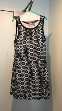 black and white sleeveless midi dress Baltimore, 21230