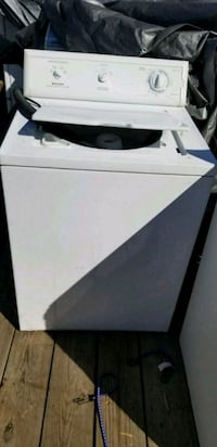 white top load clothes washer Louisville, 40203