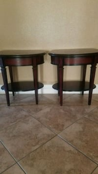 2 wood end table North Las Vegas, 89031