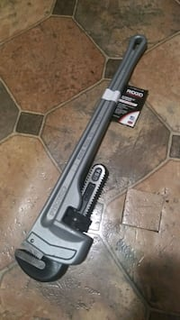 "Ridged 26"" pipe wrench brand new Troy"