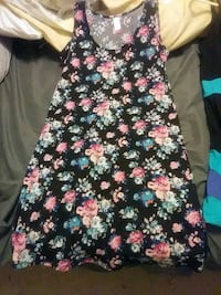 black and pink floral sleeveless dress Hagerstown, 21740