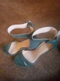 Size 10 green heels Shelby charter Township