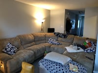 Sectional couch Brampton, L6V