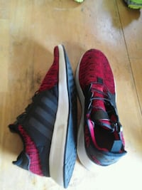 size 9 New Adidas never worn  Florence, 39073