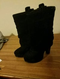Pair of black suede heeled boots Garland, 75043