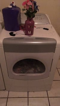 White front-load clothes dryer Las Cruces, 88005