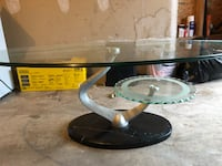 Glass coffee table Whitby, L1R 2V8