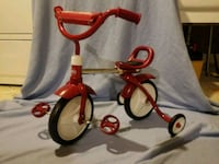 red and white Radio Flyer trike West Springfield, 22152