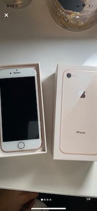 Gold iPhone 8 64g Kitchener, N2A