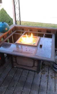 Propane fire pit table with chairs Omaha, 68164