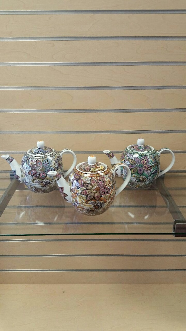 Teapots (new) price is for 1