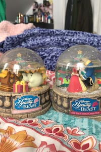 Snow globes enchanted Christmas beauty and the beast