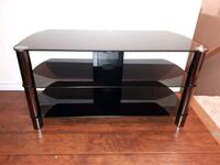 Tempered glass Tv stand Hamilton, L0R 1H1