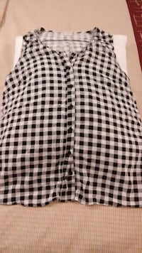 black and white checked button-up vest Lexington, 40503