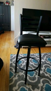 Faux leather bar stool  New Westminster, V3L 2E7