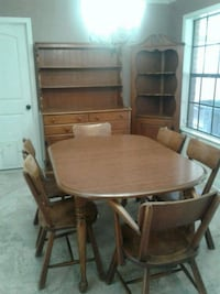 Dining set- Priced to sell Lafayette, 70503