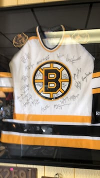 Boston bruins signed 1970 game shirt framed Exeter, 03833