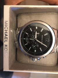 Michael kors Silver/Black Men's watch  Miami, 33126